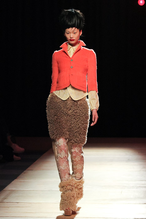 nozomi-ishiguro-coral jacket