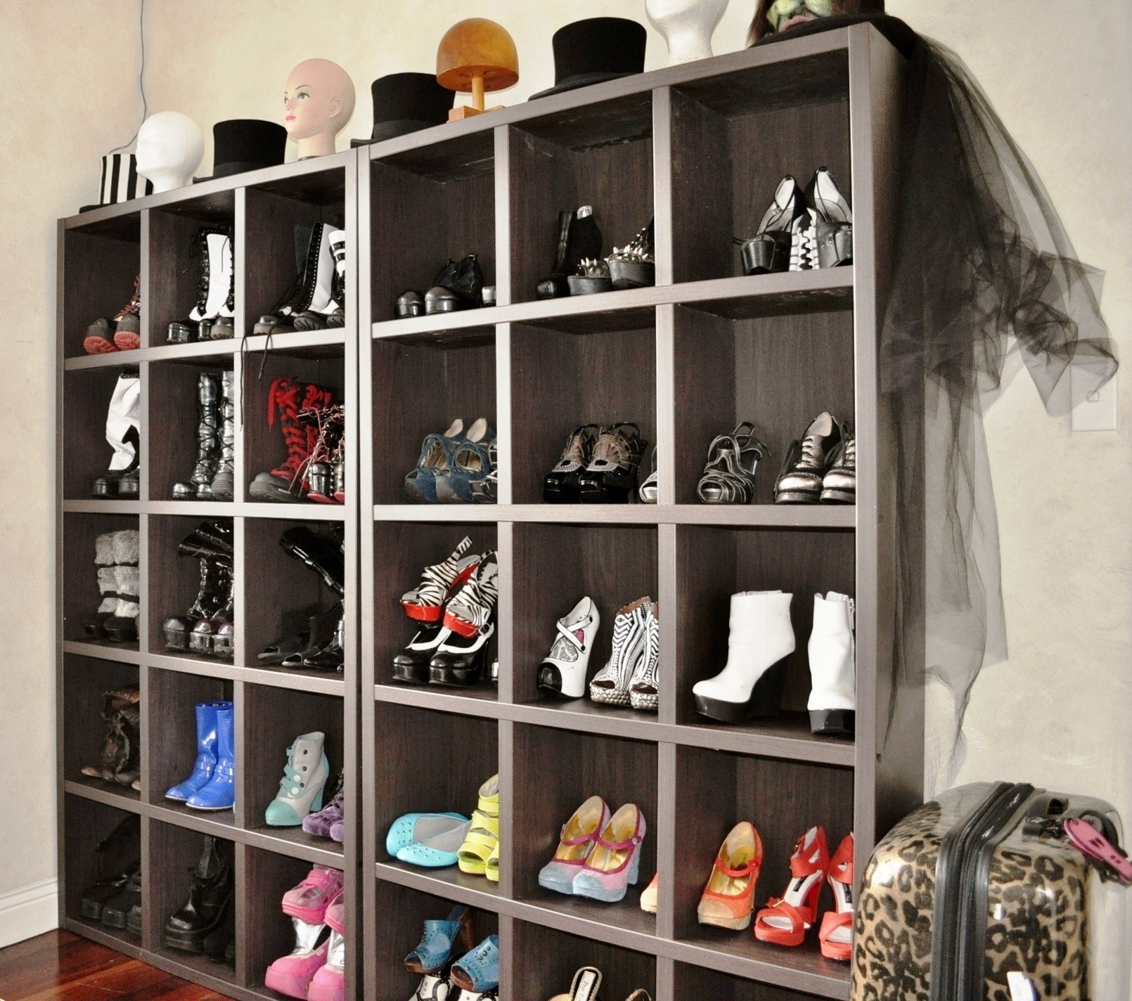 Glam new dressing room with shoe storage Living room shoe storage ideas